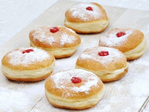 Апетитні солодкі пончики з сиру: рецепт з фото крок за кроком
