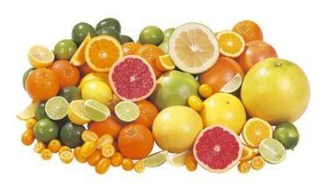 Целюліт і цитрусові соки: вплив грейпфрутового, ананасового, лимонного