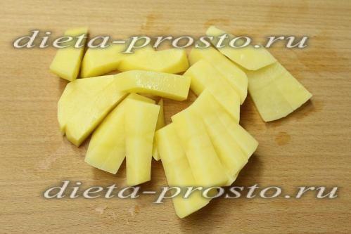Ріжемо картоплю соломкою