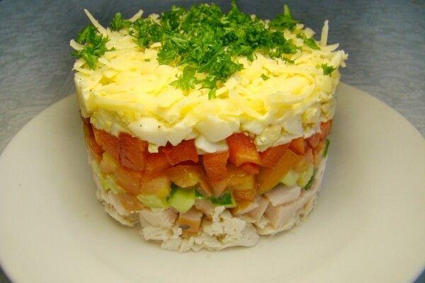 Фото-рецепт салату «російська красуня»: смачно, святково, корисно!