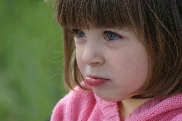 Герпіспрічіни і симптоми герпесу, лікування інфекції herpes у дітей.