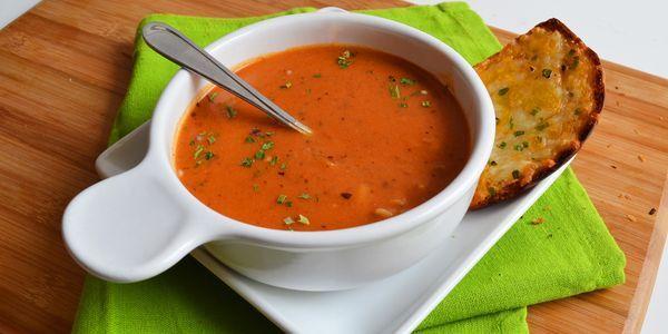 Гарячий томатний суп пюре: рецепти італії