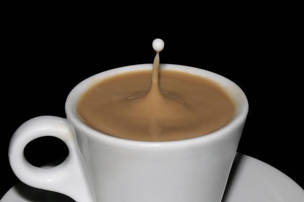 Худнемо на чаї з молоком