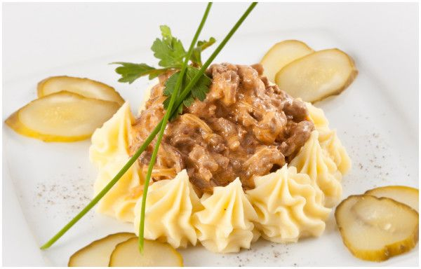 Ідеальний бефстроганов з яловичини: покроковий рецепт з фото