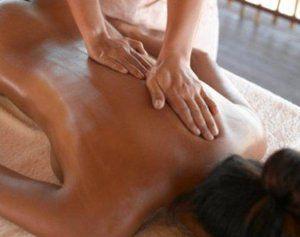 Як робити масаж проти целюліту?