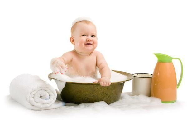 Як грати з дитиною у ванній