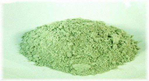 Як зробити маску із зеленої глини