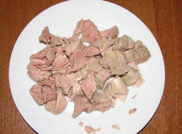 м`ясо нарізати