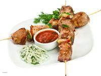Як смачно замаринувати шашлик зі свинини: правила, рецепти, поради