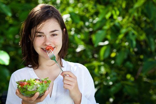 Яке спортивне харчування дозволено підліткам?