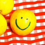 Який вітамін міститься в лимоні?