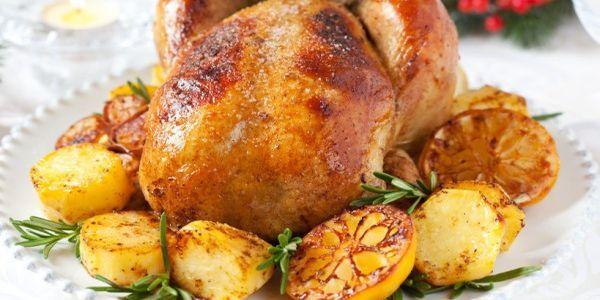 Курка в рукаві з картоплею:   рецепти приготування в духовці