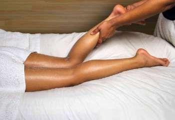 масаж гомілки