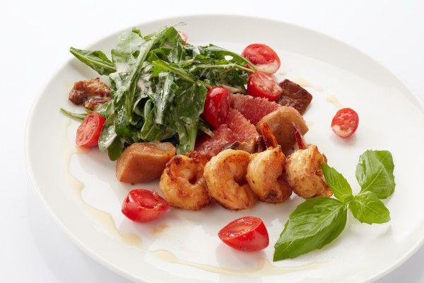 Грибний салат з руколою і креветками