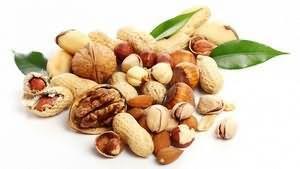 Мигдальні горіхи корисні властивості