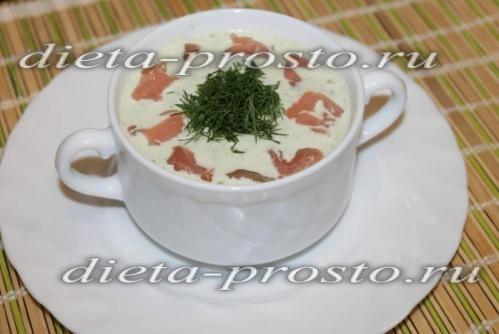 Огірковий суп-пюре з сьомгою - готуємо смачно!