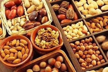 асортимент горіхів