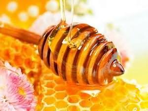 Корисні властивості меду для жінок
