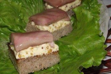 Бутерброди з молочком оселедця