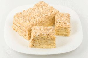 Покрокові рецепти найпростіших тортів в домашніх умовах