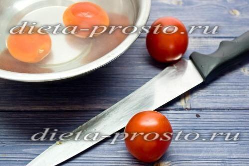 знімаємо шкірку з помідорів