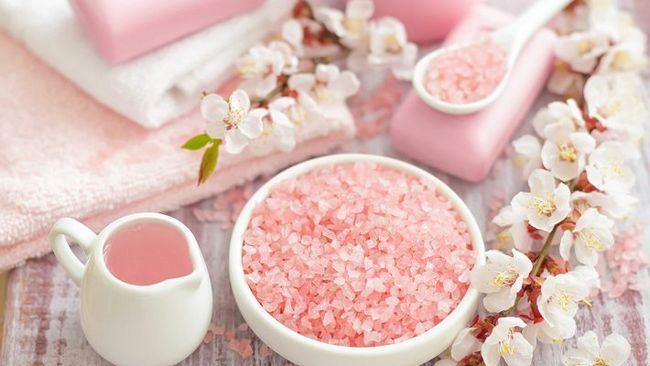 Процедури і рецепти коштів з сіллю від розтяжок
