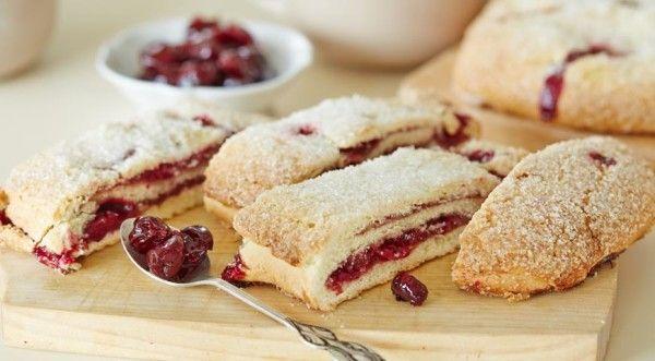 Перевірений рецепт пісочного тіста для пирога з варенням