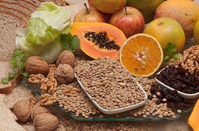 Вживайте в їжу досить продуктів, багатих на клітковину