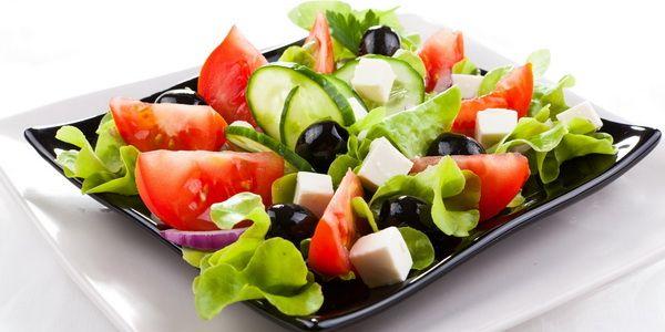 Різні рецепти грецького салату - від класики до сучасності