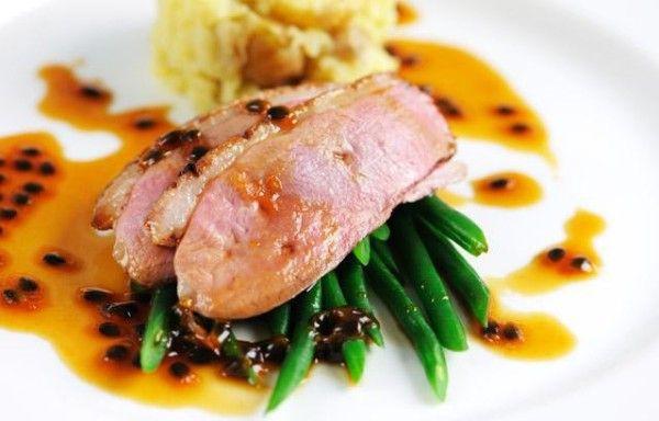 Рецепт качиної грудки в духовці, мультиварці і на сковороді