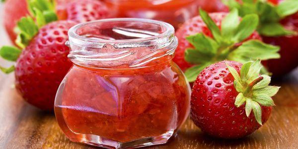 Рецепти полуничного варення: заготовки з ароматних ягід на зиму