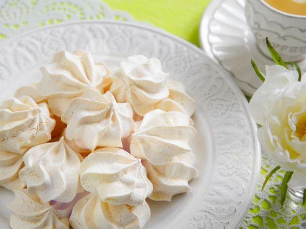 Рецепти ніжного французького безе в домашніх умовах - десерт простіше простого!