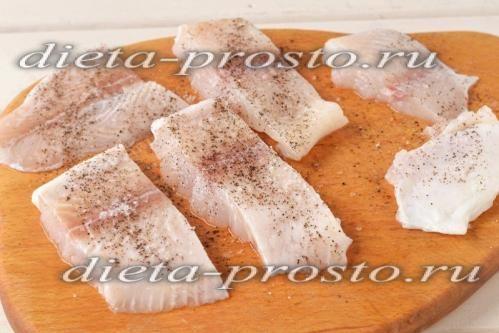 рибне філе нарізати шматочками