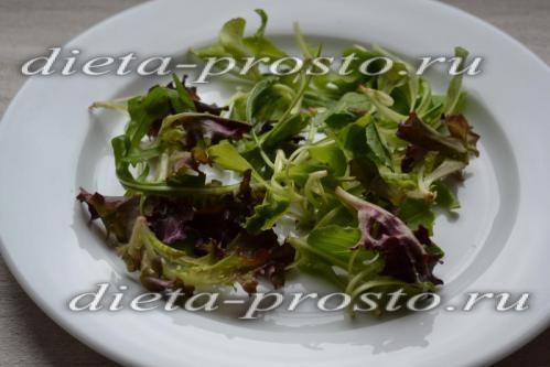 Викладаємо мікс салатів