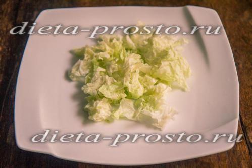 Китайський салат нарубати