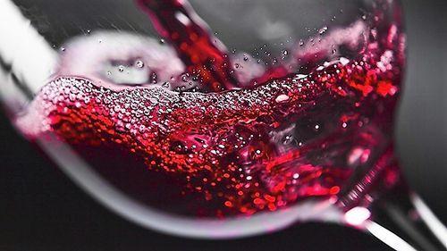 Вино з чорноплідної горобини