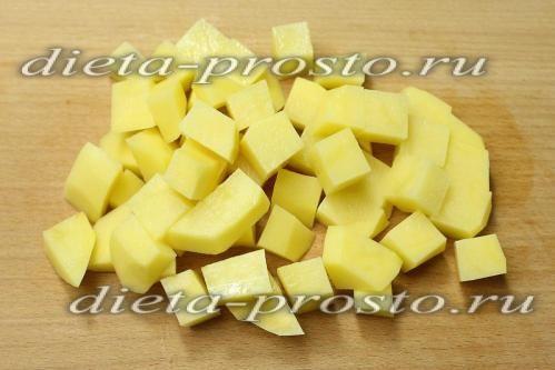 картоплю нарізати