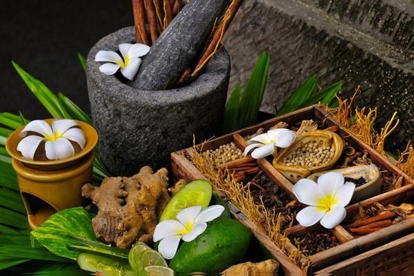 Тайська народна медицина: зцілення рідкісними тайськими рослинами і травами