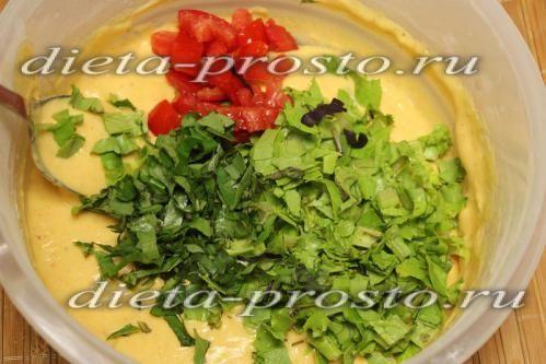 Викладаємо помідори із зеленню в тісто